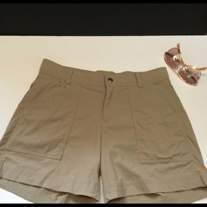 Lucy | Khaki Stretch Nylon Shorts Size Small